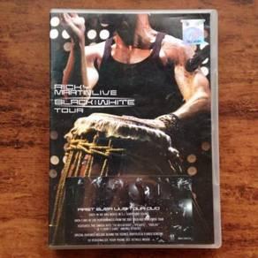 Ricky Martin Black & White Tour Live DVD