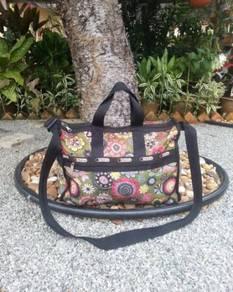 Sling bag lesportsac flowers