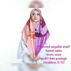 Asyallie scarf preloved