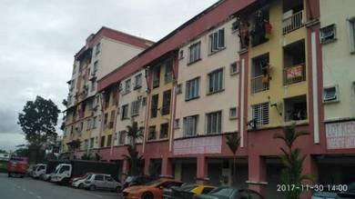 Apartment in Lingkaran Dagang Mas, Taman Mas Sepang, Puchong, Selangor