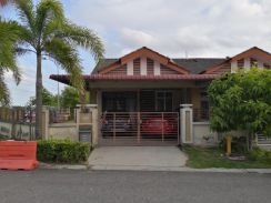 Single Storey Corner Lot Taman Sierra Perdana / For Sale / Negotiable
