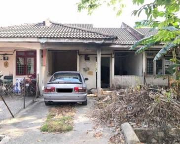 Terrace House in Bandar Bukit Beruntung, Rawang, Selangor