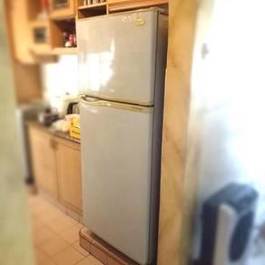 Daewoo Refrigerator Fridge 2 door peti seju