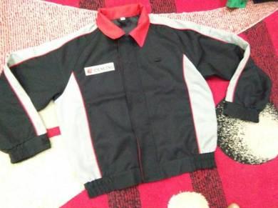 Idemitsu jacket size small