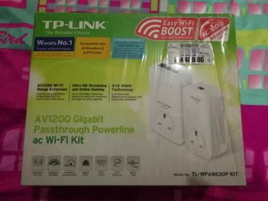 Tp-Link AV1200 Gigabit Passthrough Powerline Wifi