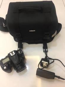 Nikon D90 dapat sekali Lens, Bag dan charger