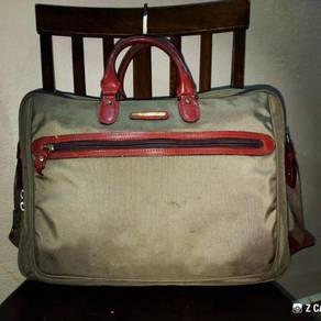 Briefcase Geoffrey Beene