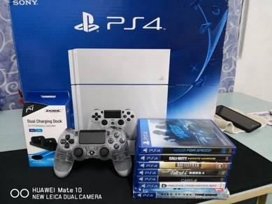 PS4 1TB White Console