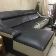4 Seater L shade Sofa for Sale