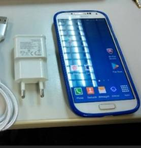 Samsung Galaxy S4 Condition 9/10