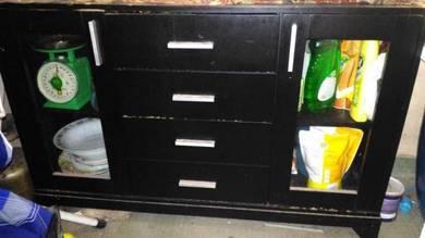 Cabinet almari