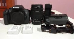 Canon 750D + lense + battery grip + bag