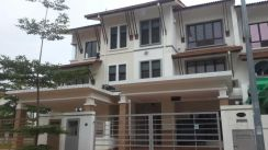 2nd Half Storey for Rent in BK 9 , near LRT Station
