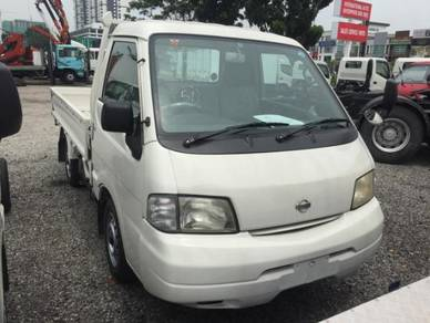Nissan C22 pick up daihatsu 1800CC FOOE TRUCK