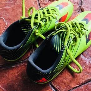 Kasut Futsal Adidas Murah