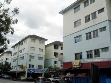 Apartment Putra Raya, Seri Kembangan, Tingkat 1, Renovated