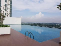 EVO Bangi facing SWIMMING POOLfor SALE (FULLY FURNISHED)