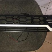 Toyota Hilux Revo front grille
