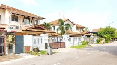 Bukit Indah Double Storey Semi D ( Fully Renovated ) FOR SALE