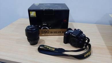Nikon D90 kit camera set