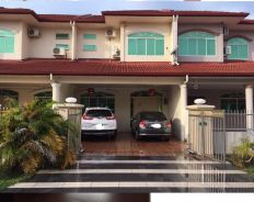 Double Storey Terrace Intermediate at Golden Royal Villa Miri