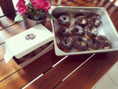Donut oreo coklat