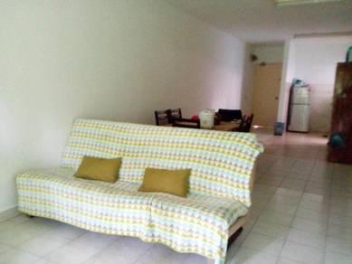 Flora damansara,bandar utama room for rent block f