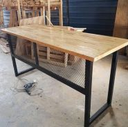 Pallet Pine Wood Table with mash