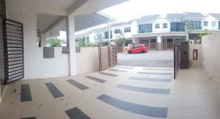 Freehold Double Storey Lavender Heights Senawang