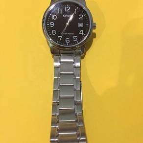 Jam tangan jenama casio