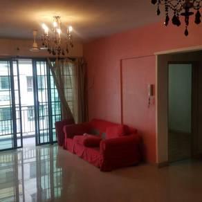 D'Alamanda Condo Master Room - Near LRT MRT - Depo 1+1- Male