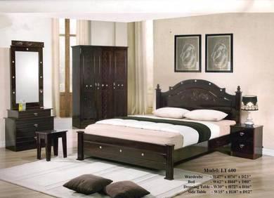 Golden bed room set-8600
