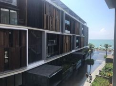 Shorefront Super Seafront Condominium, Georgetown (Next to E&O Hotel)