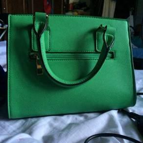 Authentic aldo handbag for sale