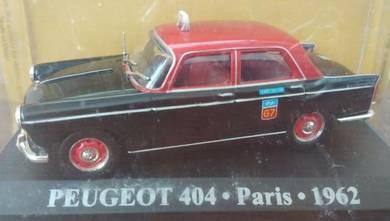 IXO 1/43 Peugeot 404 Taxi Teksi Kereta Hiasan
