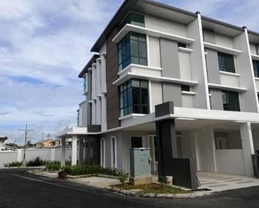 Moyan corner townhouse Kuching