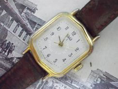 Vintage Q AND Q hand wind watch