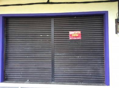 Kedai sewa di bandar Tanah Merah