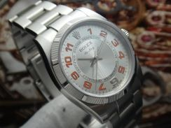 R395) rolex 2011 oyster perpetual airking 114210