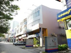 SD15, Bandar Sri Damansara 3-storey Shop (2 adjoining units)