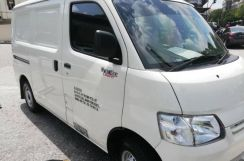 Delivery services Cargo Van & lorry for rental