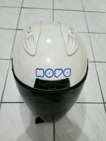 Helmet Nova