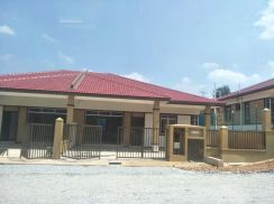 Rumah Baru Setingkat Semi D , 40x70, Bandar Salak Tinggi, Sepang