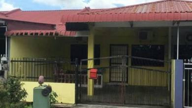 Single Storey Terrace Intermediate House. Miri, Permyjaya