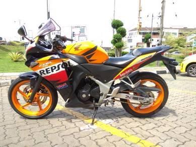 Honda cbr250r repsol edition import