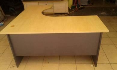 L shape office table Code:OT-190