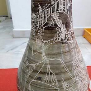 Moving-out Sale ABORIGINAL Sarawak Vase