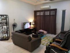 Nicely renovated Semi Detached at Lengkok Pemancar