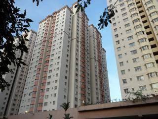 Mawar Apartment, Sentul. Sharing Medium Room. May intake