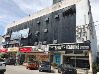 Jalan Pengkai 4 story shop house